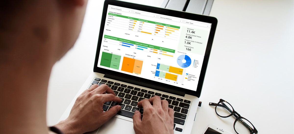 Data-studio-screen-campaign-creators-pypeCEaJeZY-unsplash