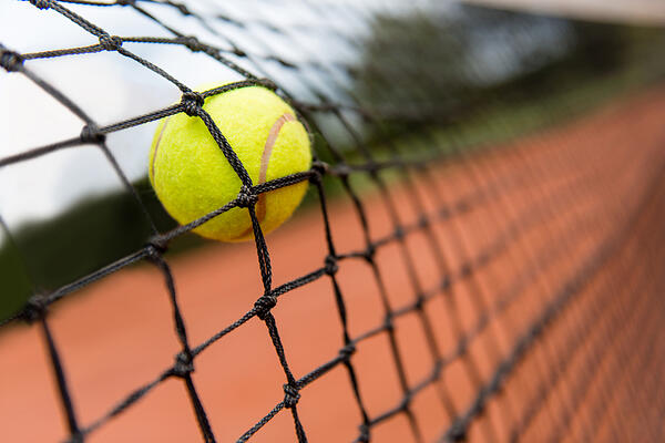 Tennis-ball-bounceback